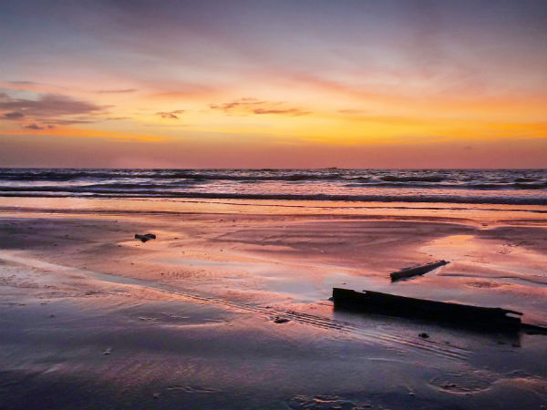Travel To The Guhagar Beach, A Tropical Paradise