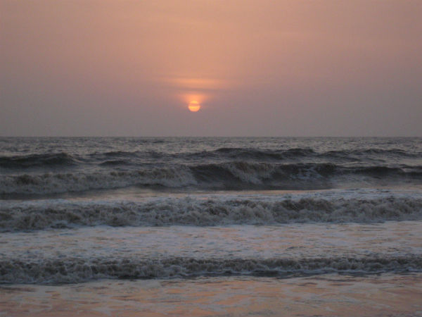 How To Get To Dahanu Bordi Beach?