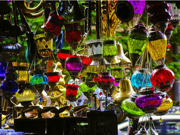 Well-known Street Markets In India: A Paradise For Shopaholics!