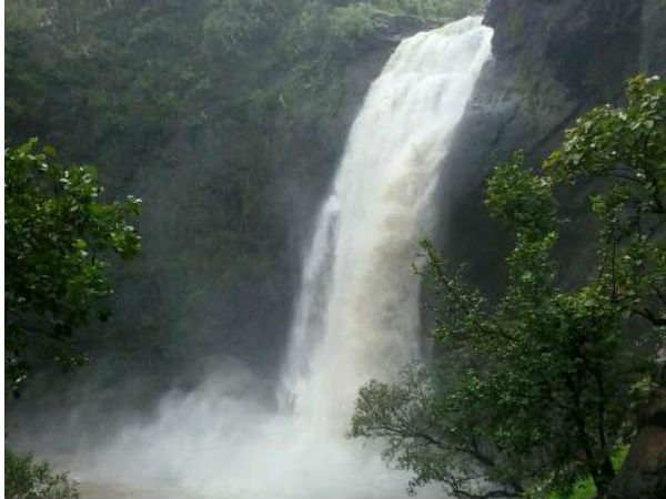 Dabhosa Waterfall, Thane