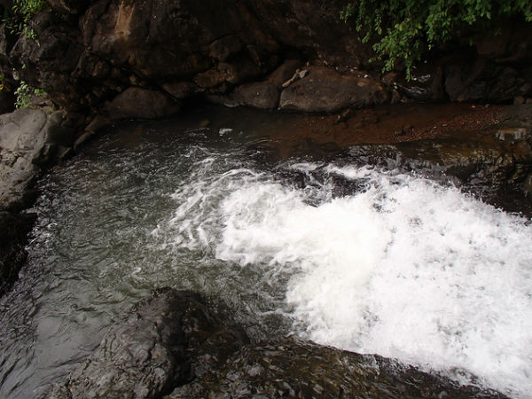 Tungareshwar Waterfall, Vasai