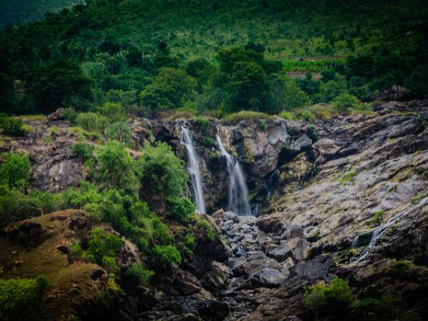 <strong>Read more about Gaganachukki - Barachukki Falls</strong>