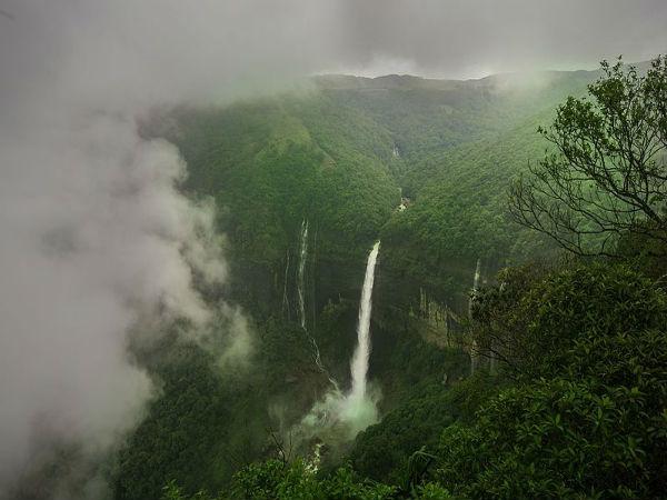 Shocking Story Of The Breathtaking Nohkalikai Falls!