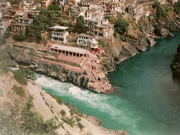 Visit Tehri Garhwal – A Haven For Nature-Lovers