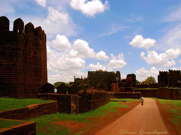 Have You Visited These Famous And Stunning Forts Of Karnataka Yet?