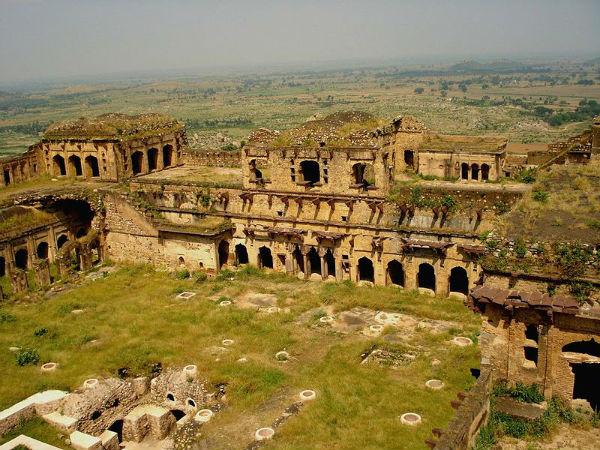 9 Must-Visit Offbeat Places In Madhya Pradesh