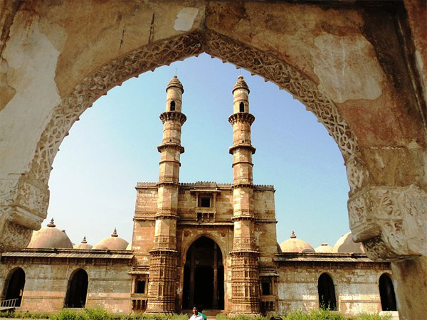 <strong>Read More About Champaner</strong>