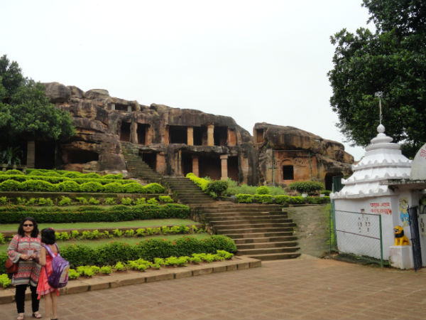 8. Explore The caves of Khandagiri