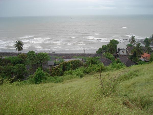 Visit The Pristine White Harnai Beach That Will Serenade Your Heart