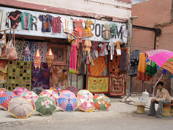 Paharganj – One-stop Shopping Destination