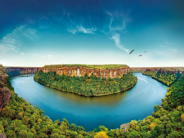 Situated On The Banks Of Chambal River City Kota Is Considered As Third Largest In State Rajasthan Well Known For