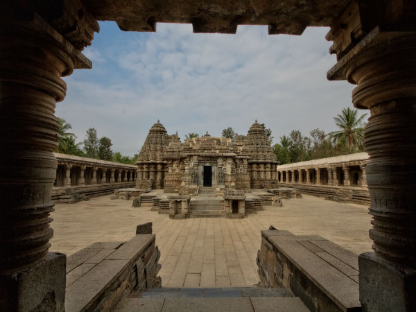 Be Awestruck By Hoysala Architecture At Belur And Halebeedu