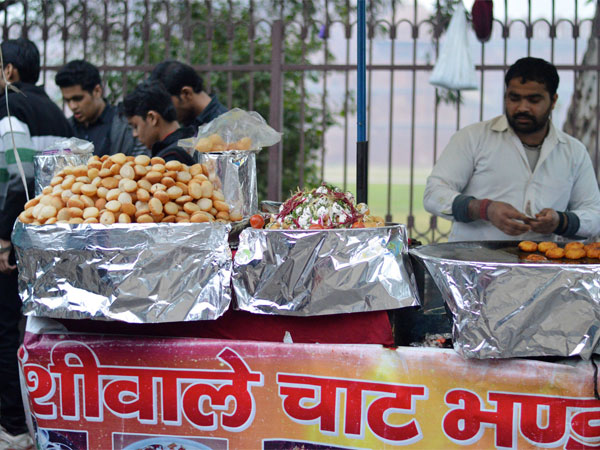 Try The Lip-smacking Street Food Of Delhi