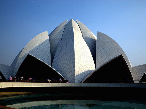 Find Peace At The Lotus Temple