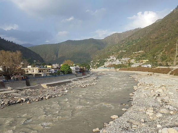 How To Reach Uttarkashi