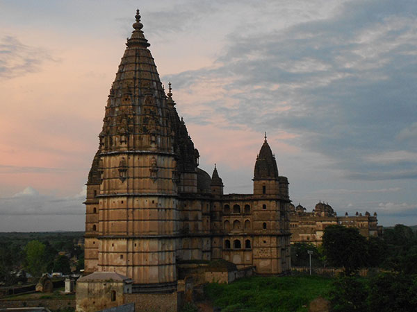 Best Time To Visit Chaturbhuj Temple