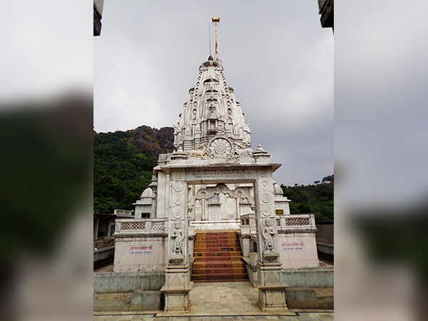Best Time To Visit Shikharji