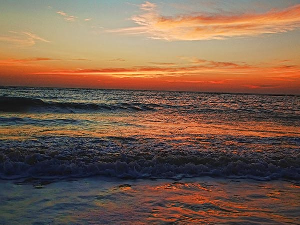 Versova Beach In Mumbai And Places To Visit Around - Nativeplanet
