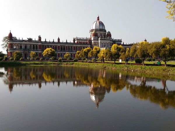 Also Read: Topmost Beautiful Palaces In West Bengal