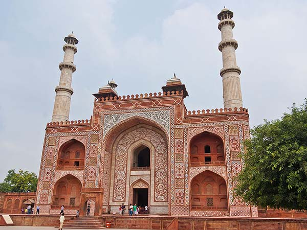 Gateway To Akbar's Tomb