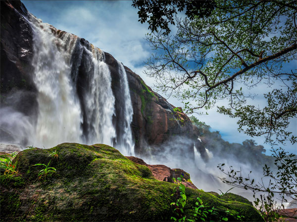 1. Athirappilly Falls
