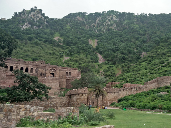6. Find The Ghost At Bhangarh Fort