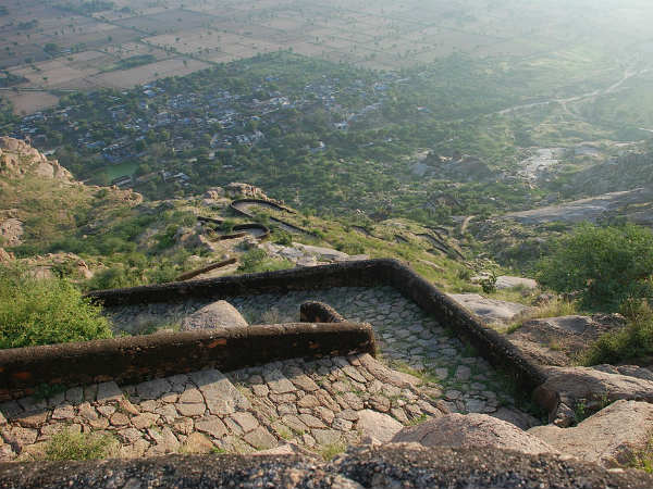 Dhosi Hill Fort
