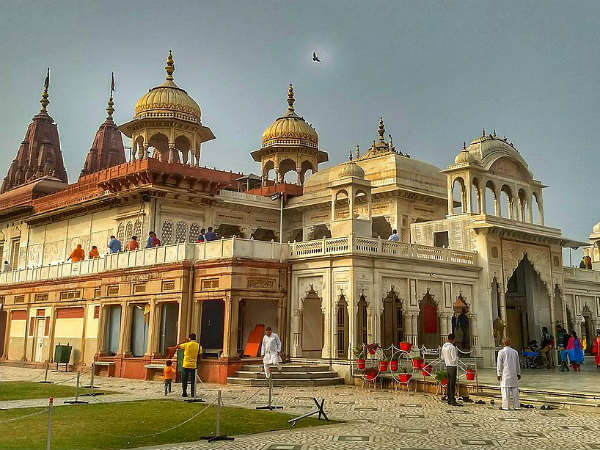 READ MORE ABOUT KARAULI
