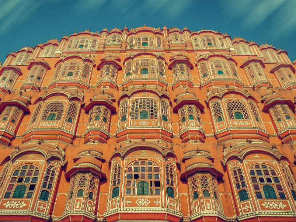 6) The Land Of The Enchanting Hawa Mahal