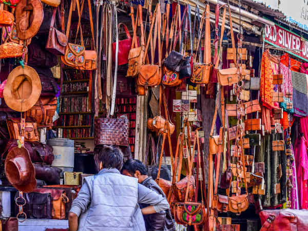 7) Buy Souvenirs At Kothari Market