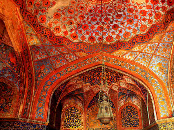 Why You Should Visit Akbar's Tomb