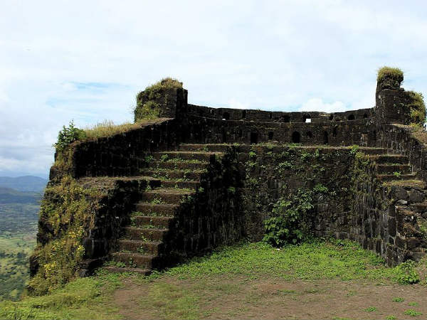 The History And Surroundings Of Rohida Fort