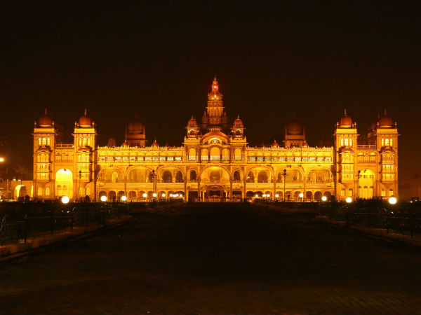4) Lightning Of The Mysore Palace