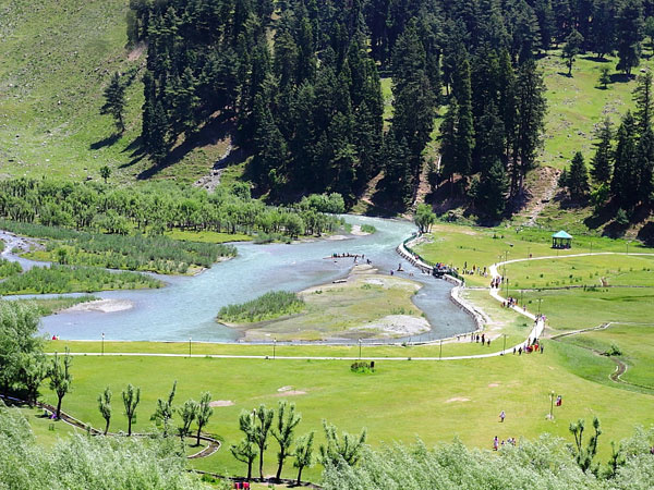 3. Betaab Valley: Rockstar