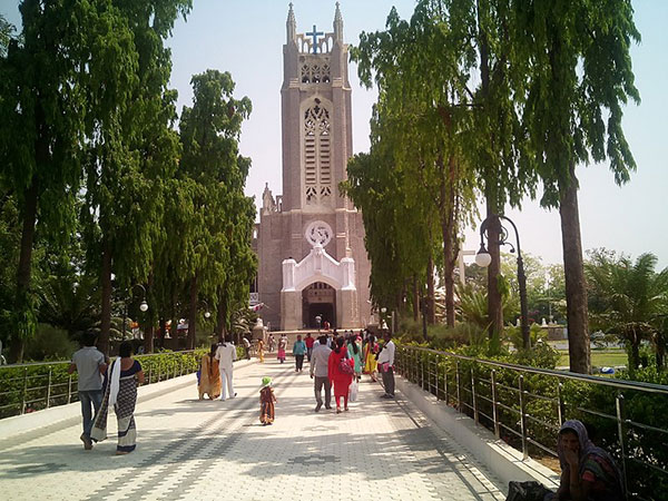6) Medak Cathedral
