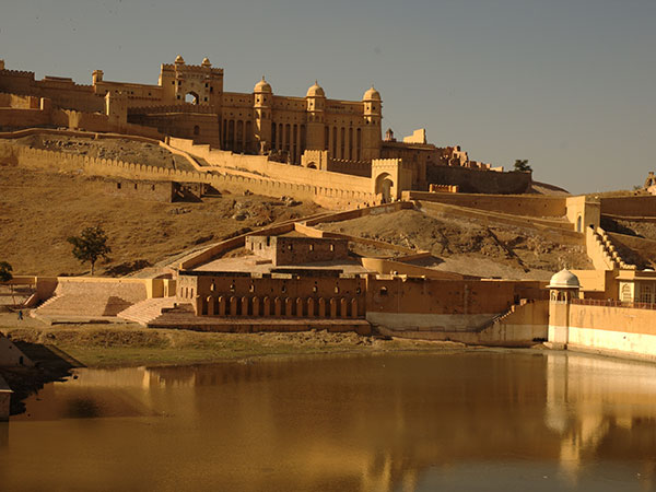 2. Amber Fort