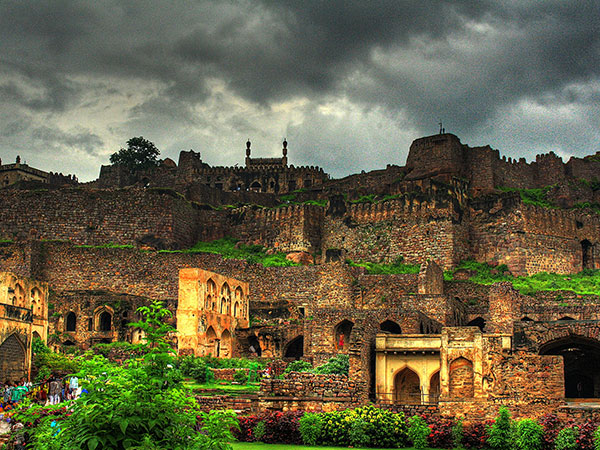 3) The Golconda Fort, Hyderabad, Telangana
