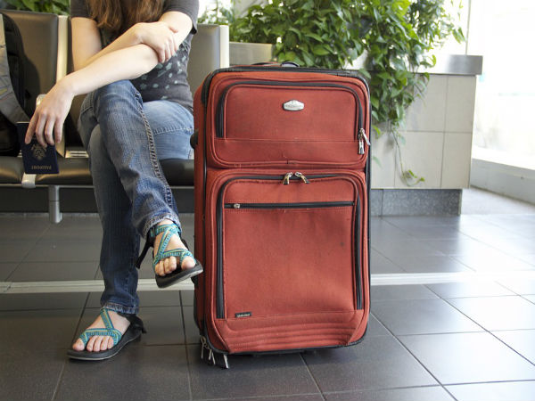 3. Check whether luggage and personal belongings are covered