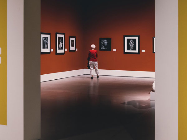 2. Explore art galleries at your own pace
