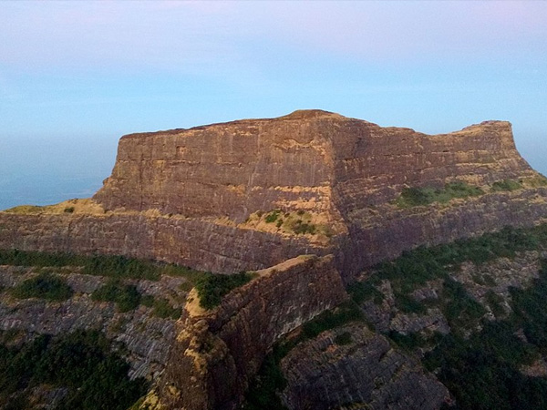 2. Explore Kulanggad trek and Bitangad trek