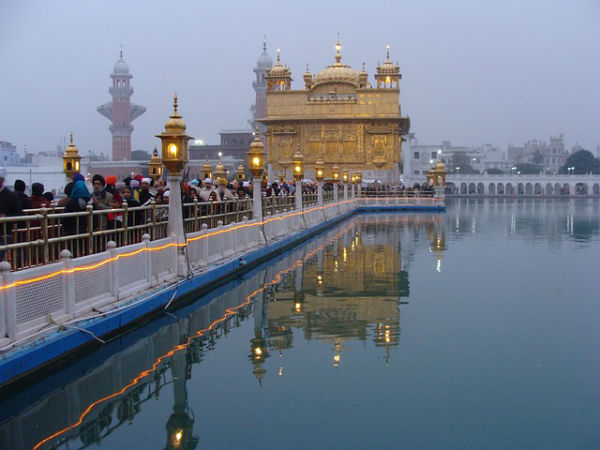 Seek Blessings At The Renowned Golden Temple