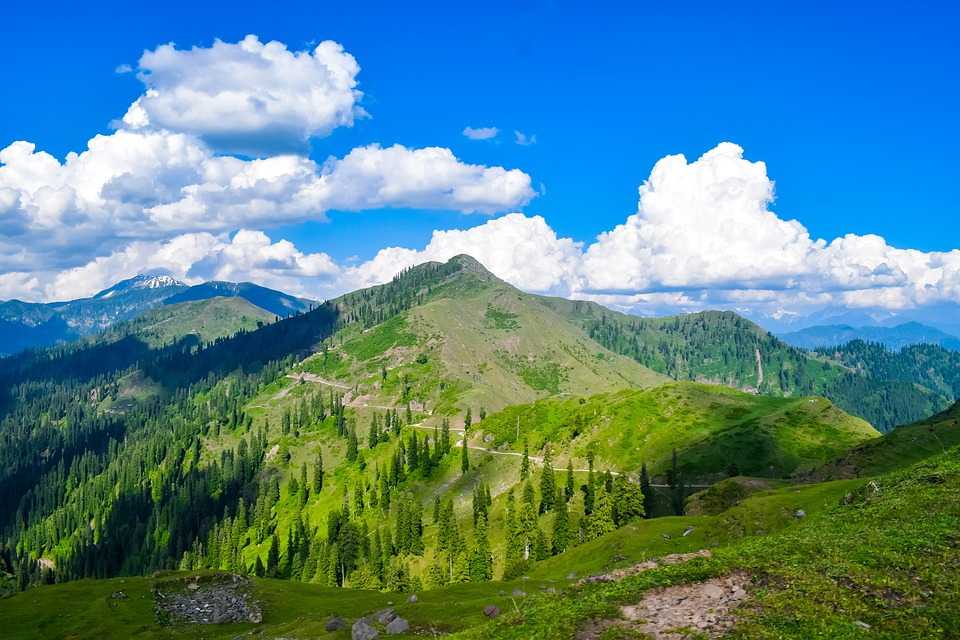 10 Best Places To Visit In Jammu & Kashmir In May
