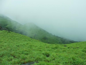 Exciting Monsoon Treks From Bangalore For The Mountain-lovers