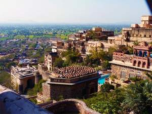Getaway To The Ancient Town Of Neemrana