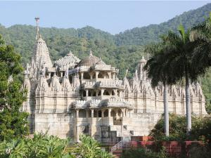7 Famous Jain Temples in India