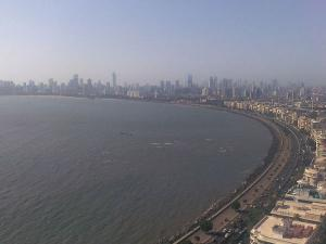An Outing to the Beaches of Mumbai