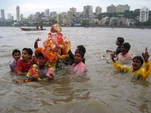 Top 3 Places Mumbai Ganesh Visarjan