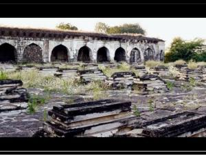 Haunted Places In Karnataka Sixty Graves In Bijapur