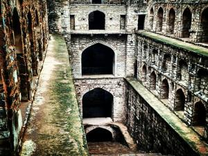 Haunted Places In Delhi Agrasen Ki Baoli