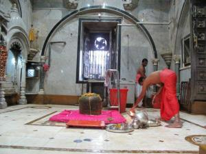 Babulnath Shiva Temple in Mumbai